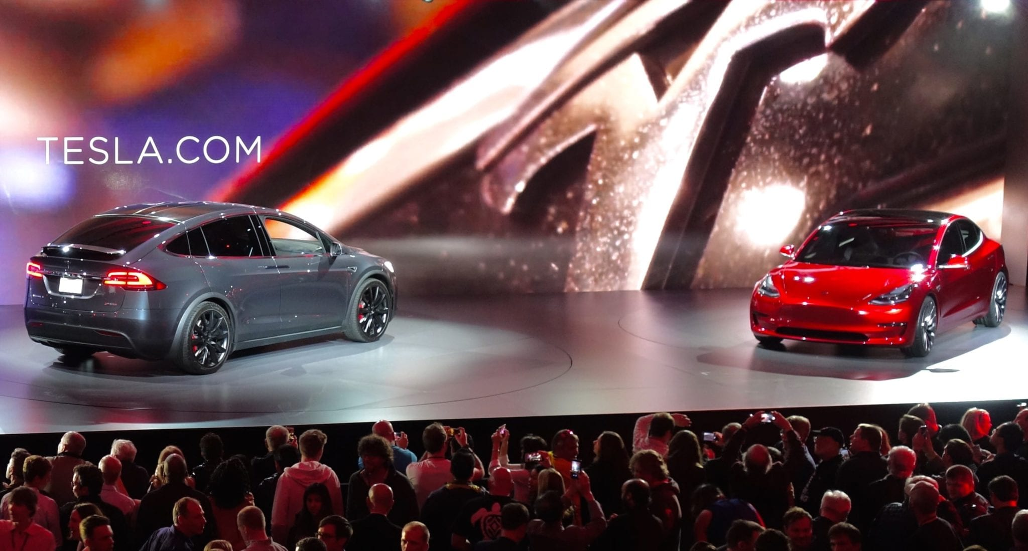tesla_model_x_and_model_3_at_the_unveiling_event